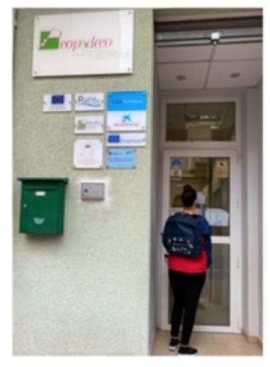 COMIENZO CON KITS CAIXAPROINFANCIA INICIO. Material escolar en Murcia, Red El Carmen
